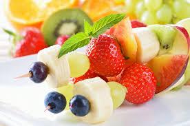Goûter Familles / Brochettes de fruits
